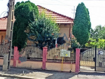Casa / Vila 6 camere in Dambul-Rotund