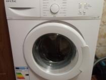 Mașina de spălat rufe Arctic A+ SLIM