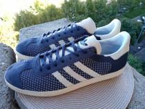Adidas mar 47.5-48, UK 13 (31cm) made in Vietnam