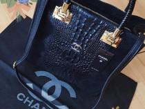 Geanta Chanel piele naturală 100%,insertii snake,Franta