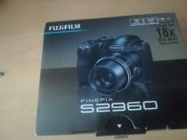 Aparat foto SLR Fujifilm S2960 14 megapixeli