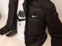 Geaca baieti Nike cu tricou cadou