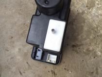 Modul vacuum inchidere Audi cod 4A0862257C AUDI 100 A6 C4 S4