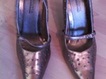 4 perechi pantofi numar 40