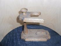 Descaltator din lemn