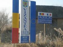 Casa cu amplasament deosebit Vizantea Livezi Central