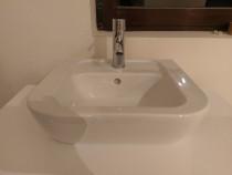 Baie completa - mobila si sanitare