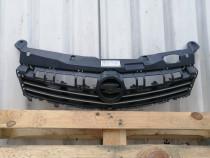 Grila radiator Astra H facelift