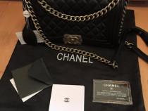 Genti Chanel ,accesorii/logo argintiu/france ,calitate a+