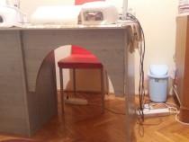 Masa de manichiua + aspirator si lampa cadou