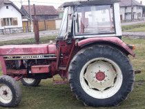Tractor International 744, 70 cai putere