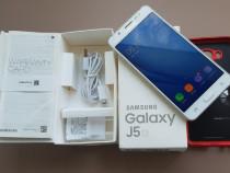 Samsung J5 2016 la cutie cu folie de sticla si 2 huse!