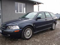 Dezmembrez Volvo V40 1.9 diesel 116 CP, intre anii 1995-2004