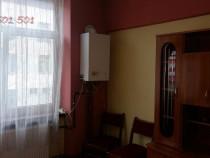 Garsoniera in Onesti etajul 2, central