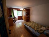 Inchiriez apartament cu 3 camere, Lunei