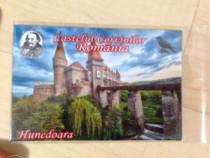 Magnetel suvenir cu Castelul Corvinilor / Huniazilor,model 2