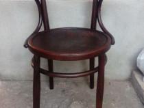 Scaun cu brate din lemn curbat, vechi, stil Thonet (Mobila)
