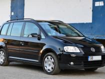 VW Touran - Diesel , an 2004 - Inmatriculat Ro - Impecabil !