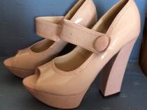 Pantofi de lac cu platforma