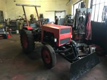 Tractor cu lama