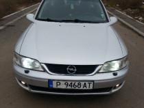 Dezmembrez Opel Vectra B2 2.2dti