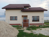 Casa cu 5 camere p+1 terasa beci cu finisaje Bacu