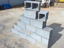 Boltari din beton pentru zid