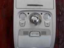 Plafoniera cu trapa Audi A4 B8 cod 8T0947135F an 2011 2012 2