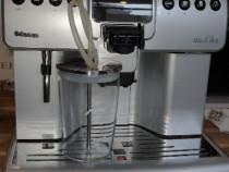 Espressor aparat cafea boabe Saeco Aulika Focus