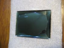 Sticla fatetata slefuita groasa culoare verde opal st. buna.