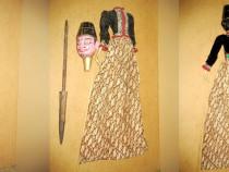 Papusa mare de teatru si pantomima orientala in costum trad.