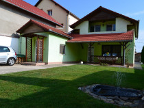 Casa Selimbar 5 camere la cheie 500mp teren amenajat+ garaje