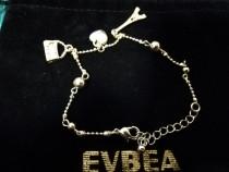 Cearmuri de mana, bratara EVBA, charms