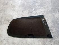 Geam fix dreapta spate VW Golf, 2 usi, 2006