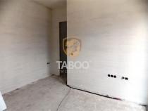 Apartament in Calea Cisnadiei etaj 2 nemobilat de 48 mp