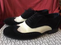 Pantofi deosebiti facuti la comanda marimea 40