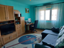 Proprietar, apartament decomandat 3 camere,rovine