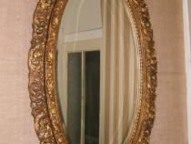 Oglinda veche din cristal cu rama din lemn