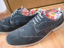 Pantofi pile marimea 47