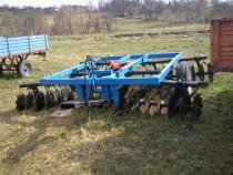 Disc agricol tractat de 3,5 metri,4 baterii,9 talere p
