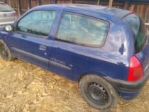 Dezmembrez Renault Clio III an 2001, motor 1.4 benzina