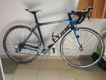 Bicicleta cursiera Cube Agree - full carbon