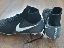 Ghete fotbal Nike Magista mărimea 44.5