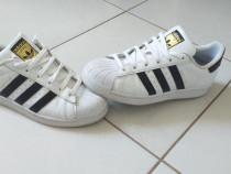Adidasi adidas originali,m.39,calitate,import germania.