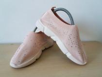 Sneakers superbi de dama, mar 38, in stare foarte buna!