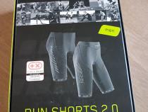 Pantaloni de alergare scurti cu compresie marca CEP