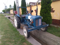Tractor ford 40 cai