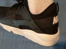 Adidasi Nike nr 44 puma reebok new balance adidas brooks