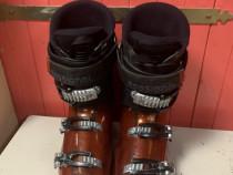 Clapari ski schi Rossignol EVO R marime EUR:43 Mondo:28 328m