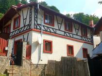 Casa P+E in Azuga,central,teren 287 mp,renovata complet !